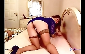 Hot Chinese milf uniformly herself on webcam - gspotcam.com