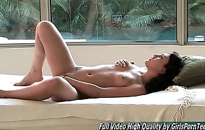 Soraya xxx adult solo very hot