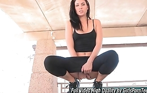 Porn Janessa midget brunette outside fingers pussy
