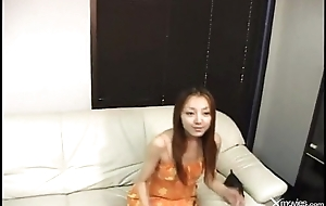 Who is this cute masturbate Asian chick