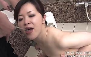 Filial Japanese Slut Pleasing Cock In The Bathroom