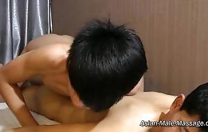 Skilled Nude Oil Massage 01