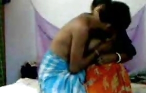 Indian aunty has sexual connection with neighbor