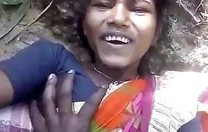 Santali married girl has outdoor sex with boyfriend