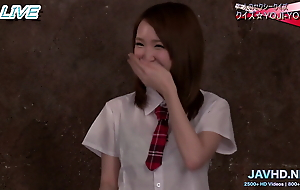 Japanese School Girls in Short Skirts Vol 6