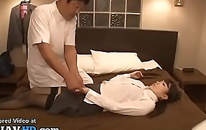 Japanese massage with horny secretary turns in sex